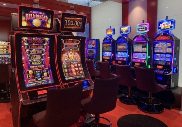 Άνοιξε το καινούριο καζίνο στην Λάρνακα